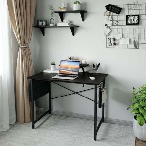 modern computer desk in the home